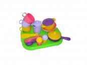 Dětské nádobí pro 3 osoby s tácem