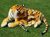 Plyšová tygřice s mládětem