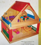 Dřevěný domeček s nábytkem