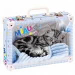 Kufřík Malé kotě střední okovaný