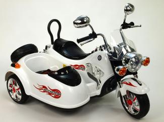 elektricka-motorka-se-sajdkarou-bila.jpg