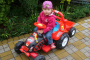 elektricky-traktor-cerveny-4.jpg