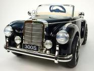 Elektrické auto Mercedes-Benz 300S Oldtimer černý