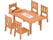 Nábytek - jídelní stůl se židlemi