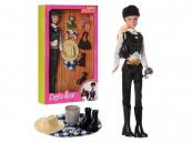 Panenka Lucy v jezdeckém oblečku