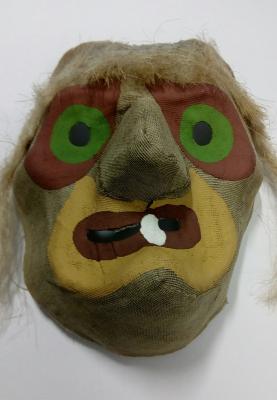 maska-carodejnice-papir.jpg
